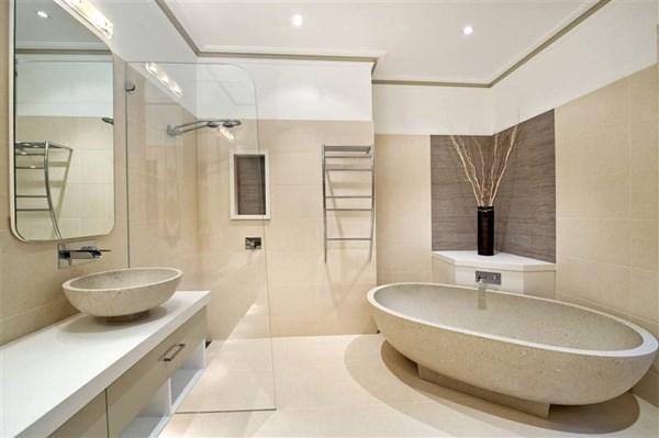 Trần phòng tắm